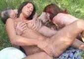 Outdoor Orgie mit Oma