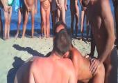 Wilder Gruppenfick am Strand